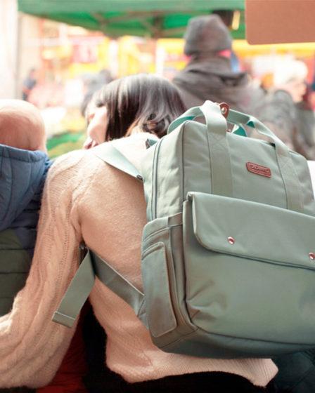 Que mettre dans son sac à langer ? Les indispensables