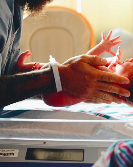 Se préparer à la césarienne : nos conseils pour mieux la vivre
